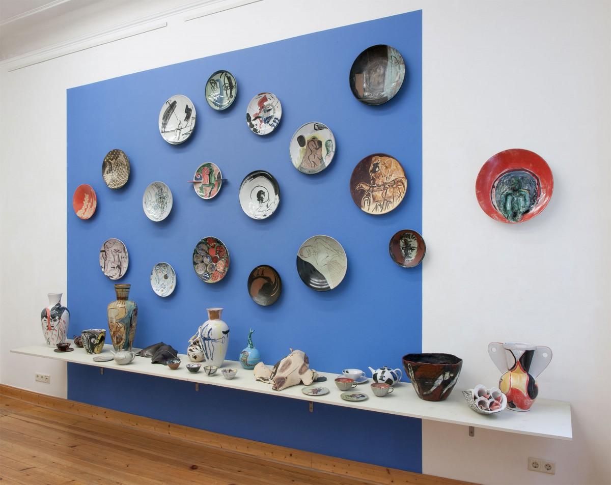 brennzeiten, 2014, Werkstatt und Galewrie Wilfriede Maaß, Keramik 90er Jahre. Gestaltung Sabine Herrmann und Klaus Killisch, Galerie Amalienpark,