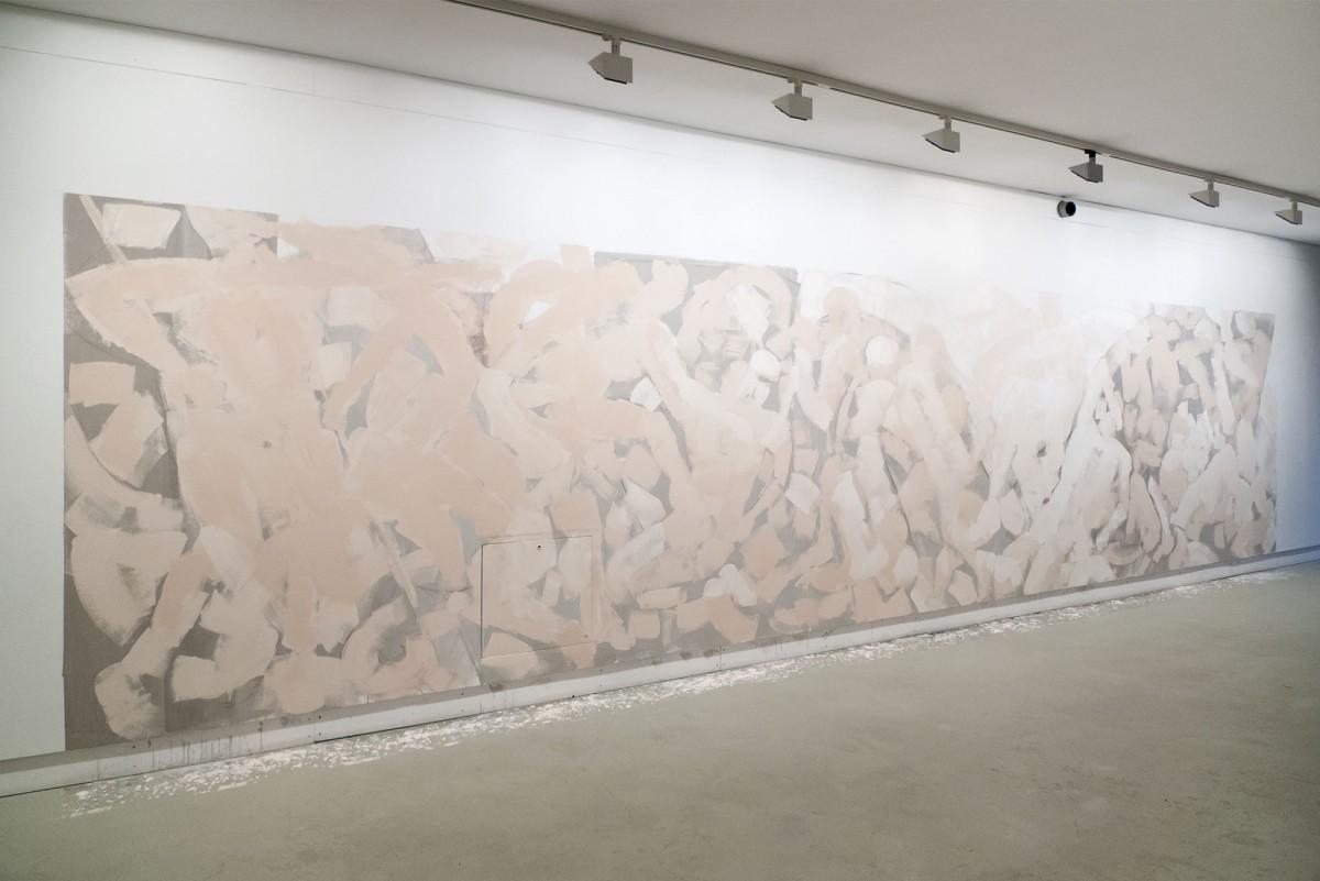 Sabine Herrmann | Bayon, 2014, Wandbild, Länge 10m, Galerie Wolkenbank, Rostock
